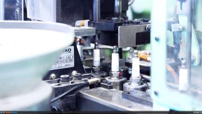NGK é líder mundial em produção de velas de ignição.