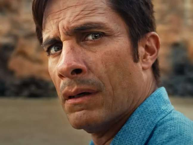 "O mexicano Gael García Bernal em cena do suspense ""Tempo"", de M. Night Shyamalan, nos cinemas"