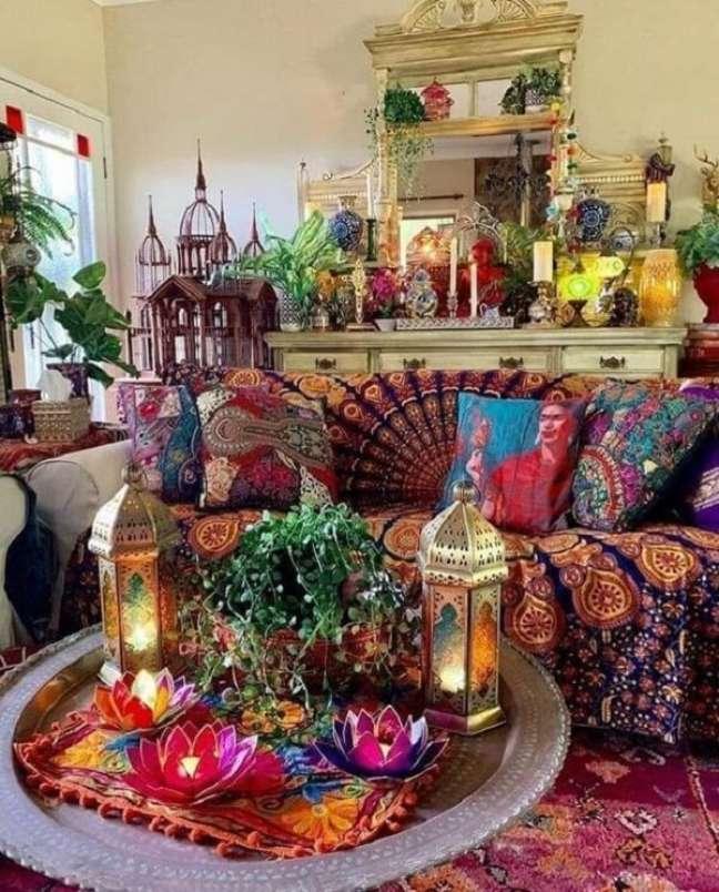 48. As cores que fazem parte da decoração indiana são sempre quentes e alegres. Fonte: Pinterest
