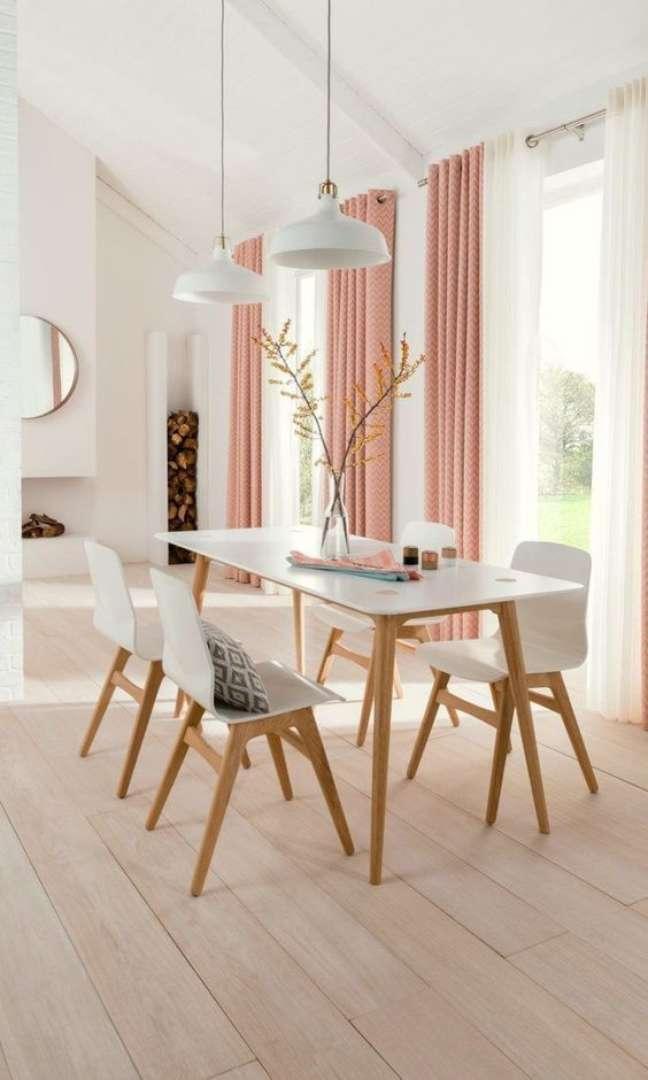 28. Mesa retrô para sala de jantar de granito branca e madeira com cadeira eames – Foto Revista VD