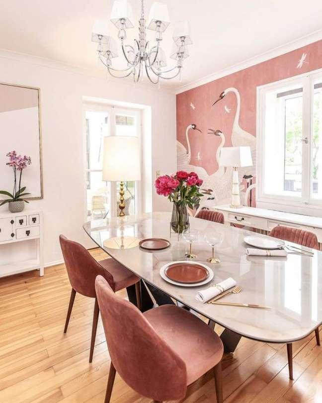 54. Invista em lindas cores de tinta para sala em rosa e branco – Foto Edition Noire