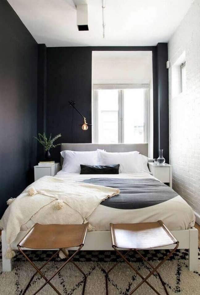 52. Como decorar um quarto pequeno preto e branco de casal – Foto: Architecture Art Designs