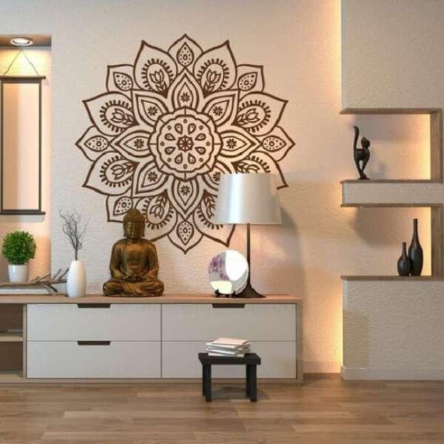 46. Buda e mandalas trazem boas vibrações para quem quer apostar na decoração indiana. Fonte: Arkpad