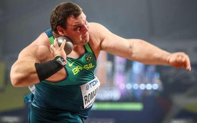 Darlan Romani está na final do arremesso de peso (Foto: Wagner Carmo/CBAt)