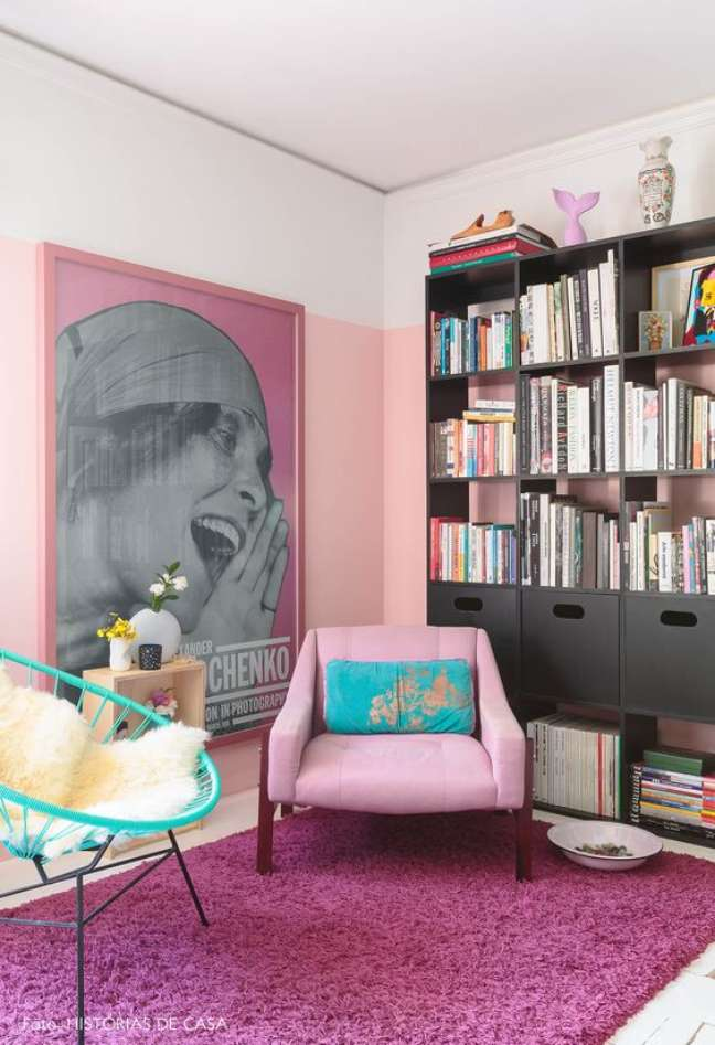 3. Decoração moderna com cores de tinta para parede em rosa claro e branco – Foto Historias de casa