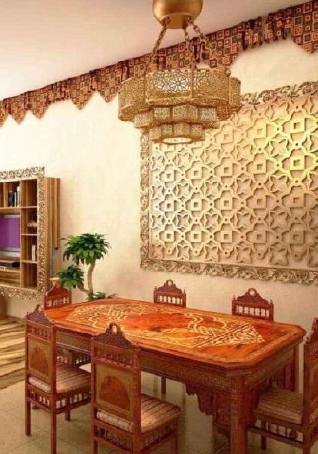 39. Decoração indiana para sala de jantar. Fonte: Lushome