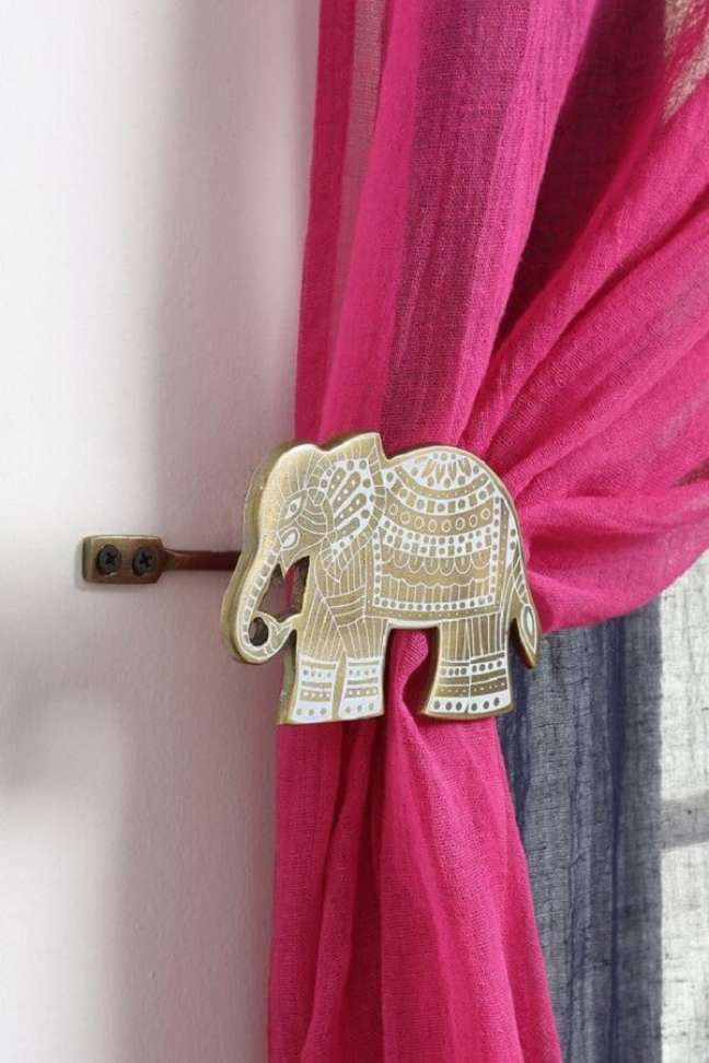 30. Na decoração indiana deste projeto o prendedor de cortina tem formato de elefante. Fonte: Pinterest