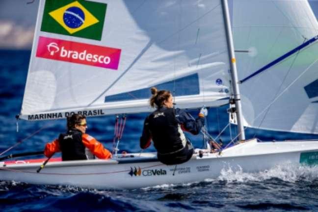 Fernanda Oliveira e Ana Barbachan têm chances matemáticas de medalha (Foto: Jesus Renedo / Sailing Energy)