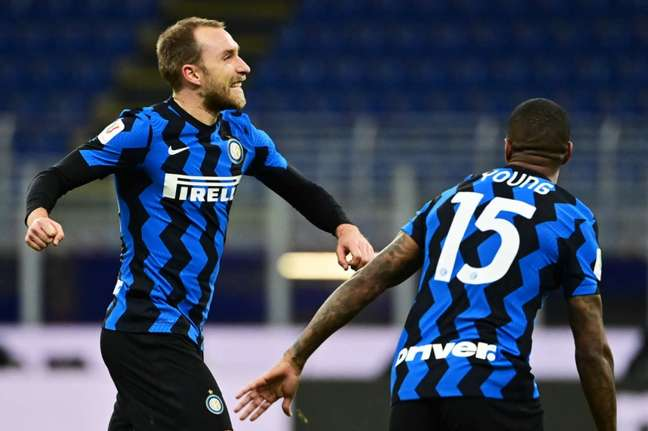 Christian Eriksen ainda não sabe se poderá voltar a jogar pela Inter de Milão (Foto: MIGUEL MEDINA / AFP)