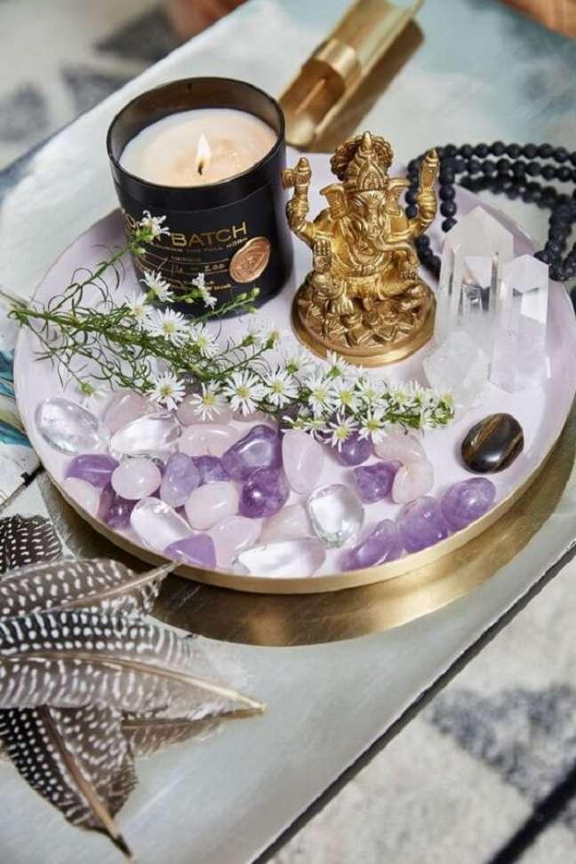 7. As velas aromáticas decoram e perfumam os ambientes com decoração indiana. Fonte: DSoul Zen
