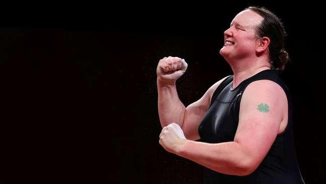 Levantadora de peso neo-zelandesa Laurel Hubbard compete durante Olimpíada de Tóquio 02/08/2021 REUTERS/Edgard Garrido