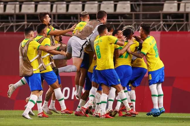 Jogadores do Brasil comemoram classificação para a final