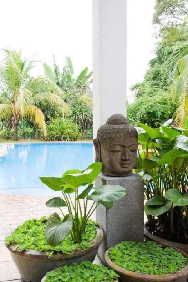 50. Área externa zen com elementos da decoração indiana. Fonte: Pinterest