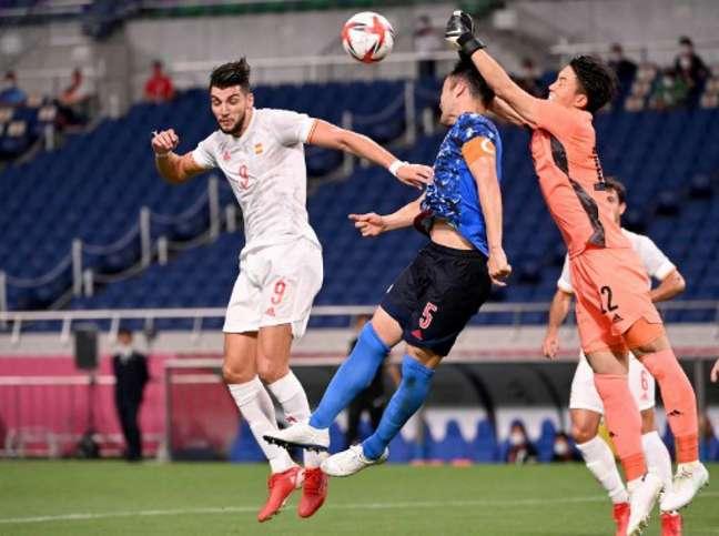 Espanha e Japão fizeram um duelo disputado na semifinal (JONATHAN NACKSTRAND / AFP)