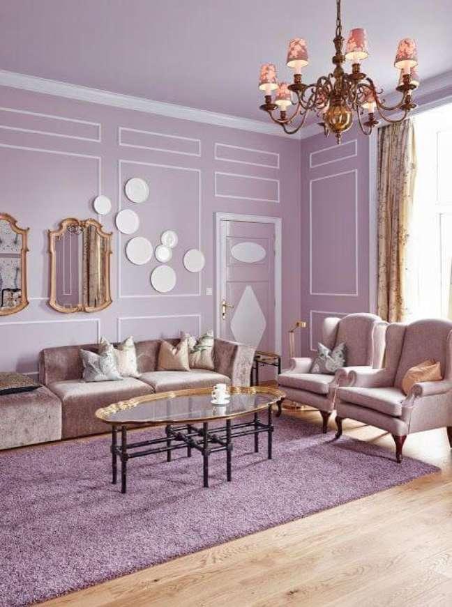 10. Decoração clássica com cores de tinta para sala em lavanda e branco – Foto Flickr