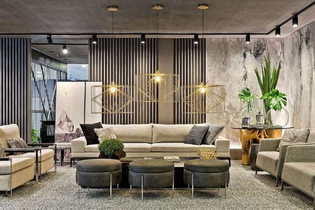 42. Puff banqueta decorativa para sala de estar grande e moderna – Foto: Ruan Arquitetura e Interiores
