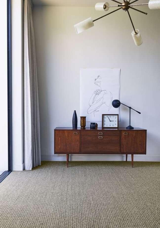 6. Sala rustica com carpete bege – Foto Crucial Trading