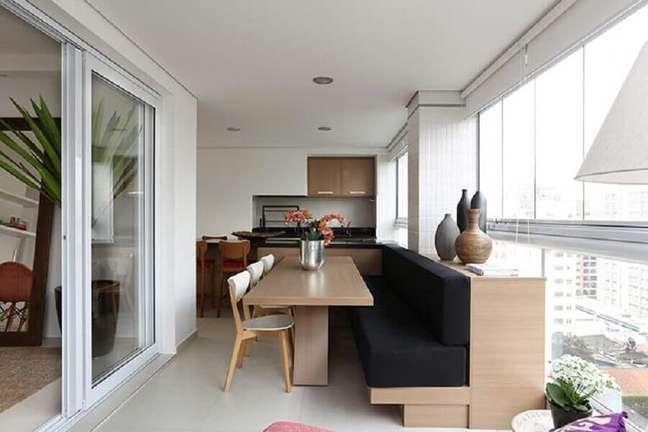 8. Móveis planejados para decoração de apartamento com varanda gourmet e churrasqueira – Foto: Residenziale – Ambientes Planejados