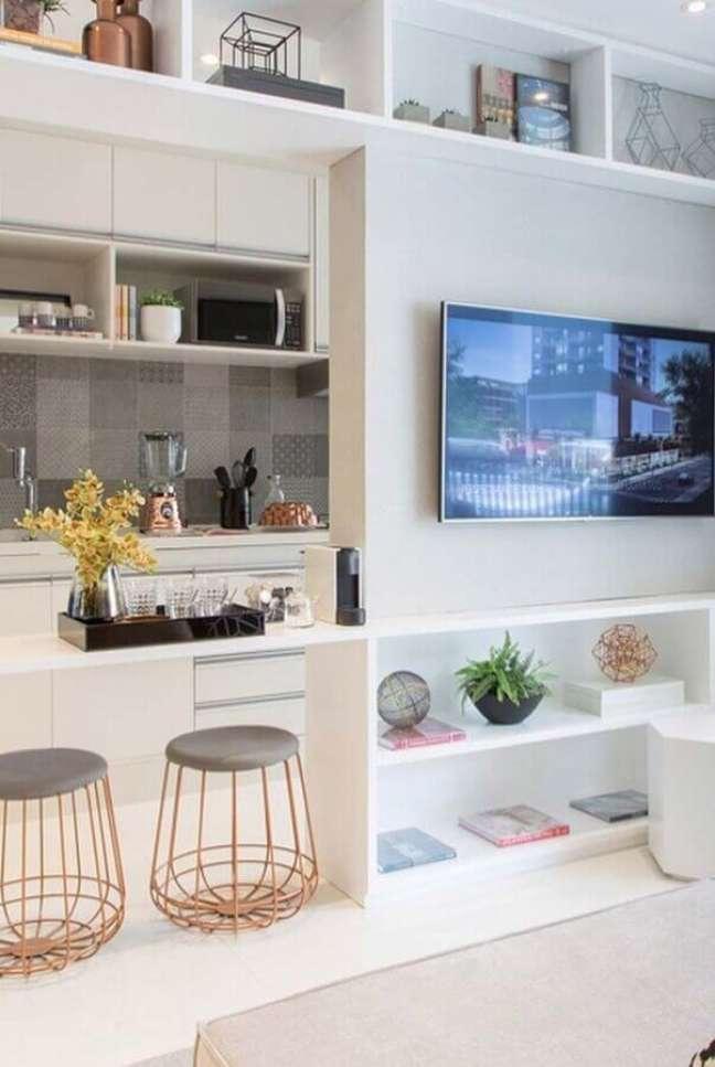 37. Puff banqueta aramado para decoração de sala com cozinha americana integrada – Foto: Pinterest