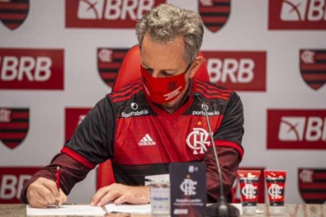 Flamengo tem grandes metas de premiação (Foto: Marcelo Cortes/CRF)