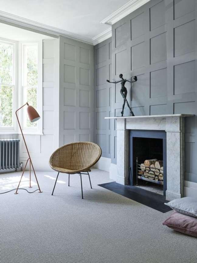 46. Sala com lareira e carpete bege – Foto Melanie Lissack Interiors