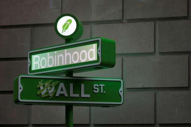 Logotipo da plataforma de investimentos Robinhood. 29/7/2021.  REUTERS/Andrew Kelly