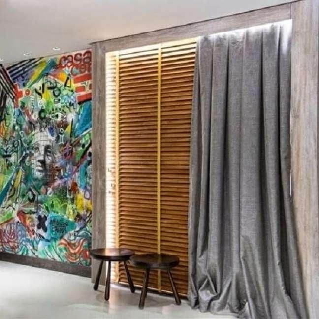 41. Persiana de madeira é tendência na decoração. Fonte: Decor Salteado