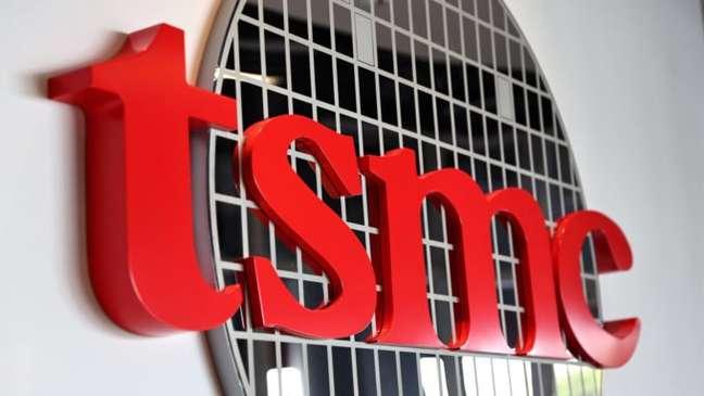 Logo da TSMC na sede da empresa em Hsinchu, Taiwan