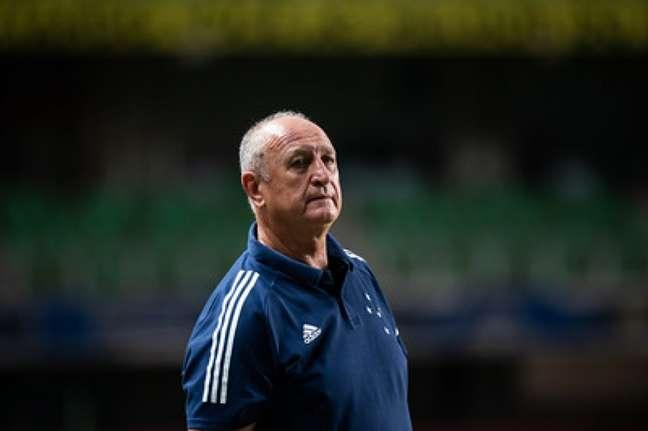 Felipão ficou a no comando do time na Série B 2020 e quer receber os atrasados do período-(Bruno Haddad/Cruzeiro)