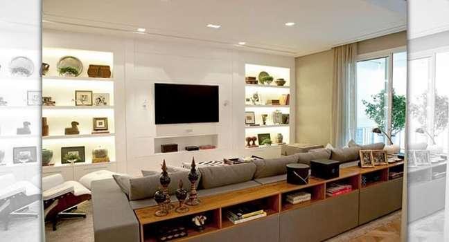 10. Sala com decoração de gesso no painel para TV – Foto Total Construção