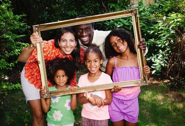 Cada membro da família de Fariba tem um tom de pele diferente