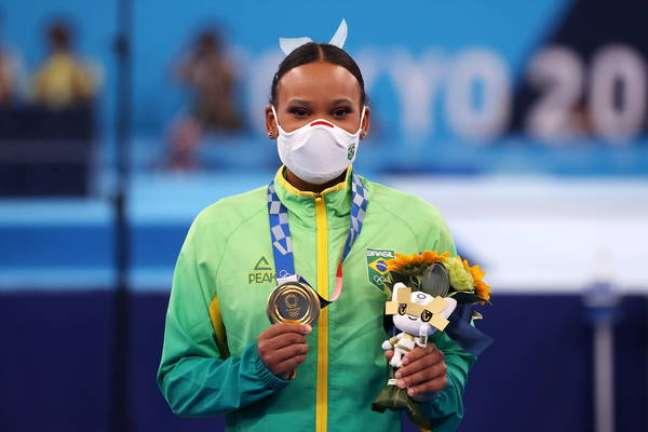 Rebeca Andrade conquistou as duas primeiras medalhas do Brasil na ginástica artística feminina em Olimpíadas