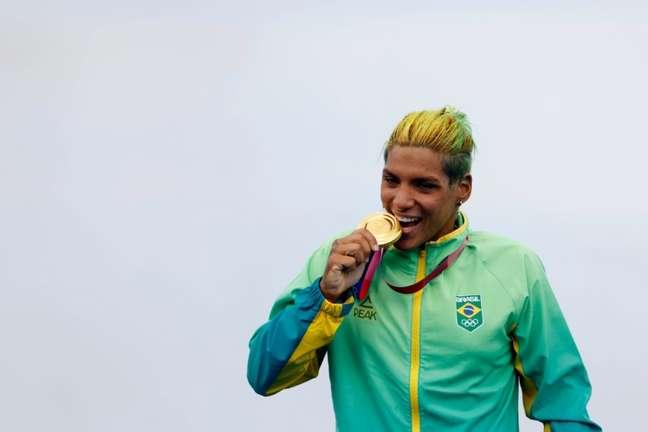 Ana Marcela Cunha conquistou a medalha de ouro na maratona aquática (Foto: Satiro Sodré/CBDA)