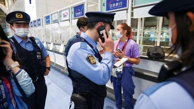 A atleta solicitou ajuda policial no terminal do aeroporto