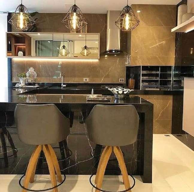 22. Banqueta estofada para decoração de apartamento com varanda gourmet e churrasqueira – Foto: Arkpad