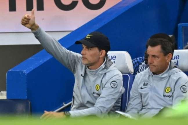 Tuchel em amistoso do Chelsea contra o Tottenham (Foto: GLYN KIRK / AFP)