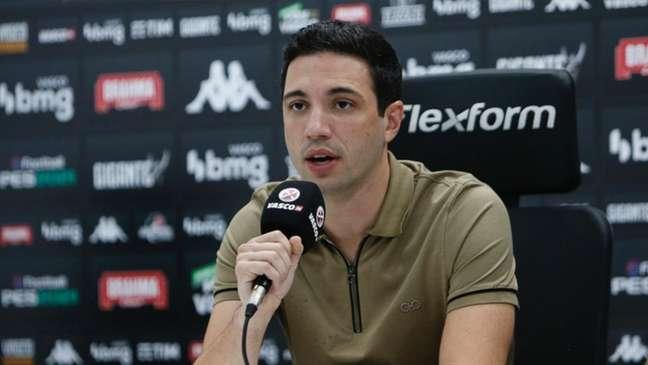 Alexandre Pássaro deu declarações fortes contra a arbitragem nesta quarta-feira (Rafael Ribeiro/Vasco.com.br)
