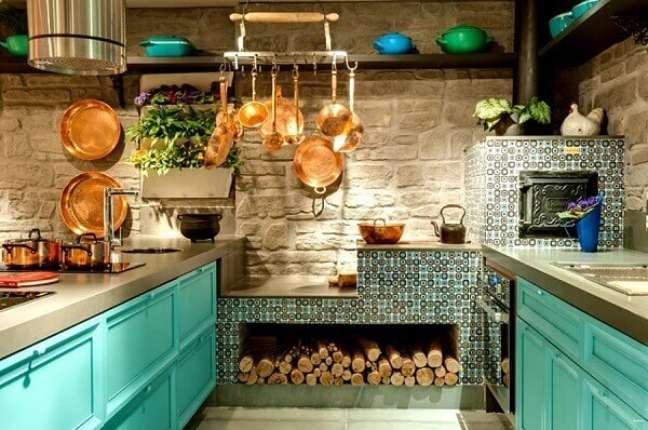 53. Projeto de área gourmet com fogão a lenha e forno de pizza – Foto Habitissimo