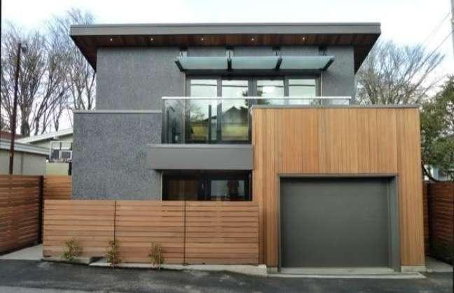 13. Casa moderna com garagem na entrada – Foto Pinterest