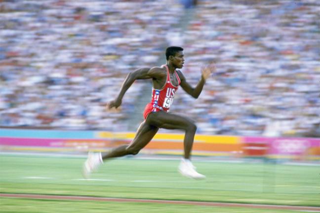 Carl Lewis disputa prova de atletismo Divulgação/IAAF