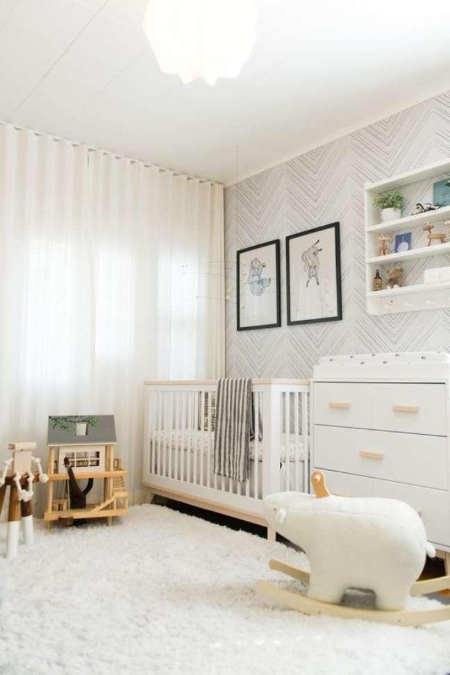 13. Quarto de bebê minimalista com decoração moderna – Foto Pinterest