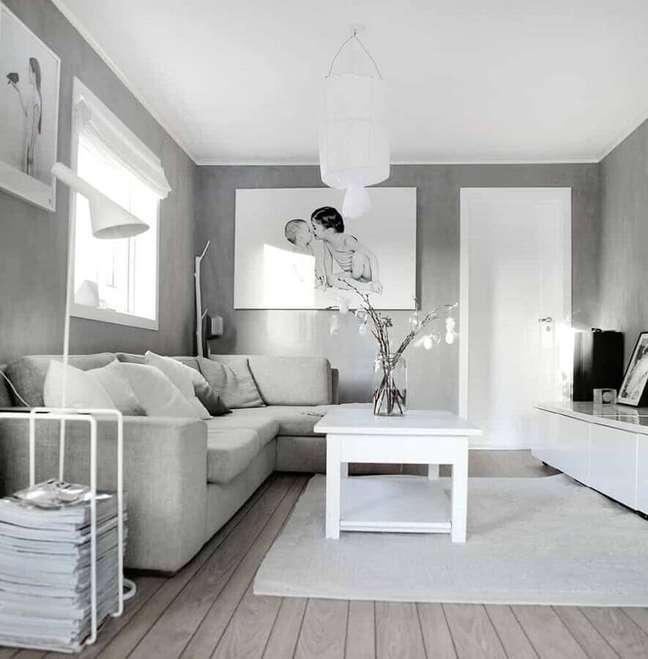 12. Decoração clean para sala cinza e branco simples – Foto: Construção e Design