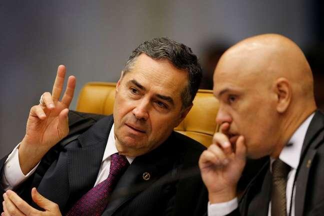 Ministros do STF Luís Roberto Barroso e Alexandre de Moraes 04/04/2018 REUTERS/Adriano Machado