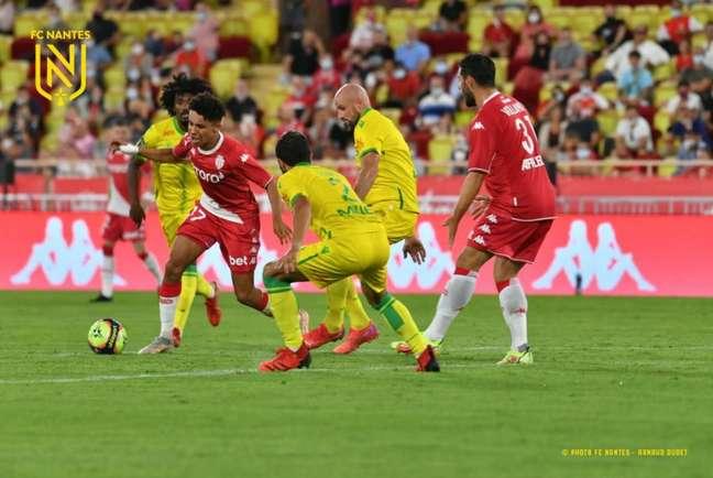 Monaco e Nantes empataram (Foto: Divulgação/Twitter Nantes)