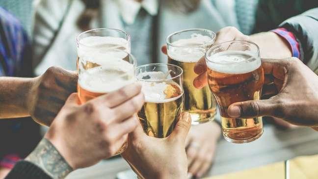 No Dia Internacional da Cerveja, confira qual é a bebida de cada signo!