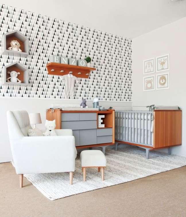 1. Decoração de quarto de bebê moderno em tons de cinza – Foto Oficina da Roca