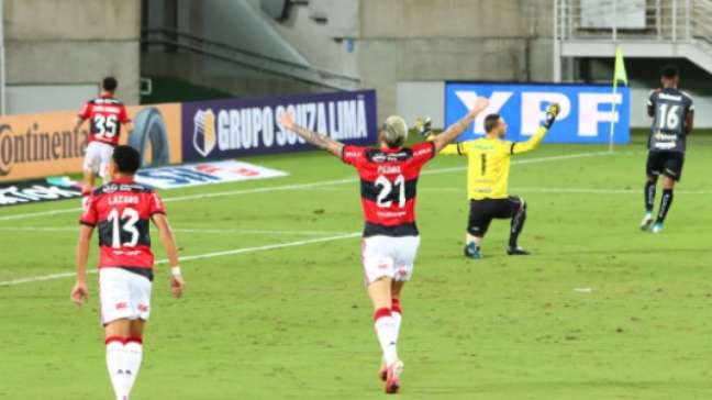 Gomes marcou o gol do Flamengo (Gabriel Leite/W9 PRESS/Lancepress!)
