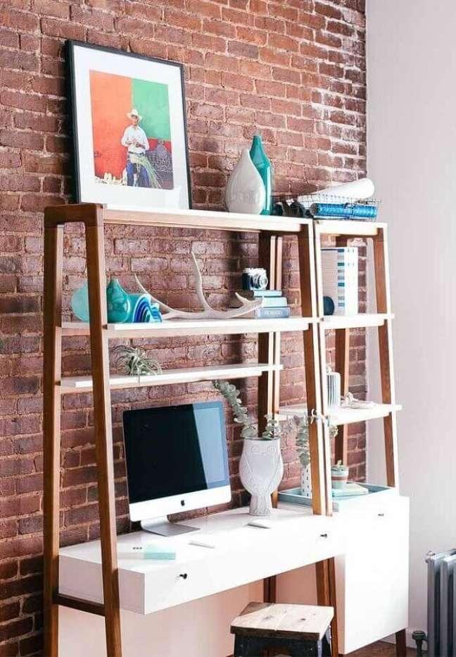9. Pense em como é sua rotina de trabalho antes de escolher a escrivaninha home office – Foto: Pinterest