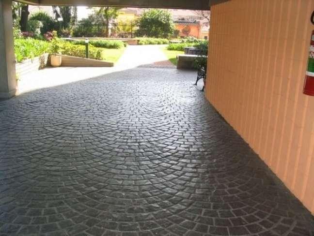 65. Piso para garagem de concreto – Foto Athos construções e reformas