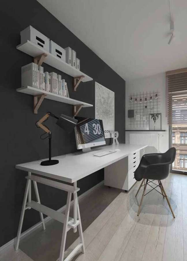 10. Decoração com escrivaninha para home office grande branco e cinza – Foto: Pinterest